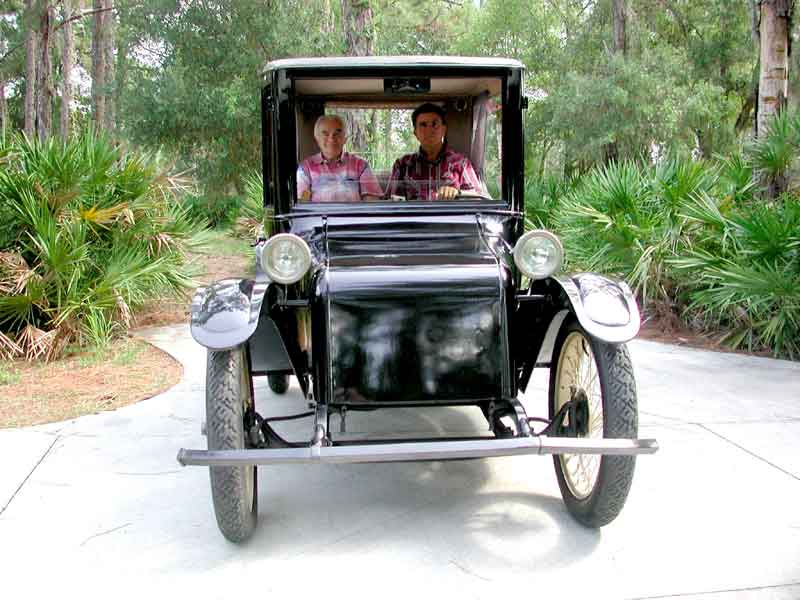 Ron And George In A Milburn Electric